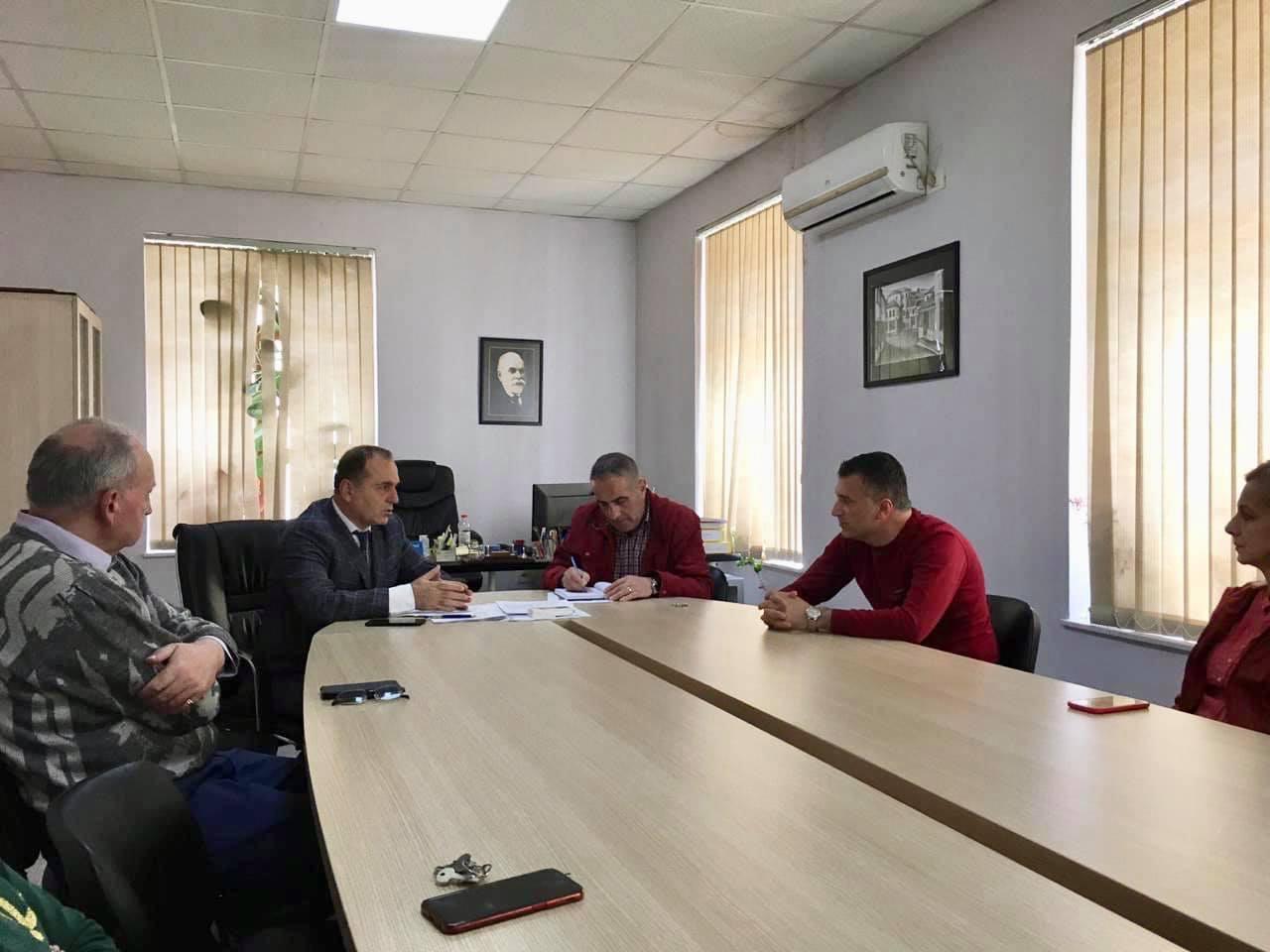Takim me drejtorin e Filialit të Postës Shqiptare Gjirokastër
