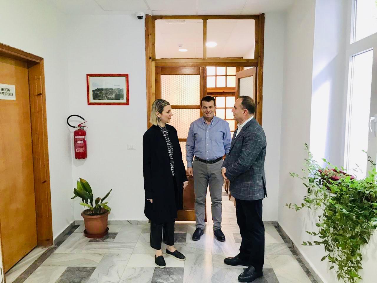 Takim zyrtar me Ministren e Kulturёs znj. Elva Margariti